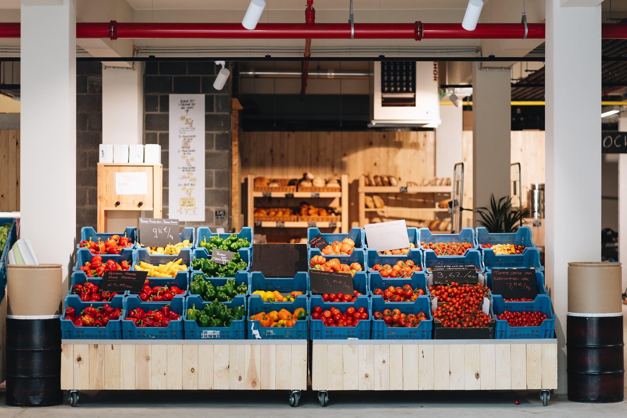 Marché Bio markt seizoensgebonden fruit en groeten