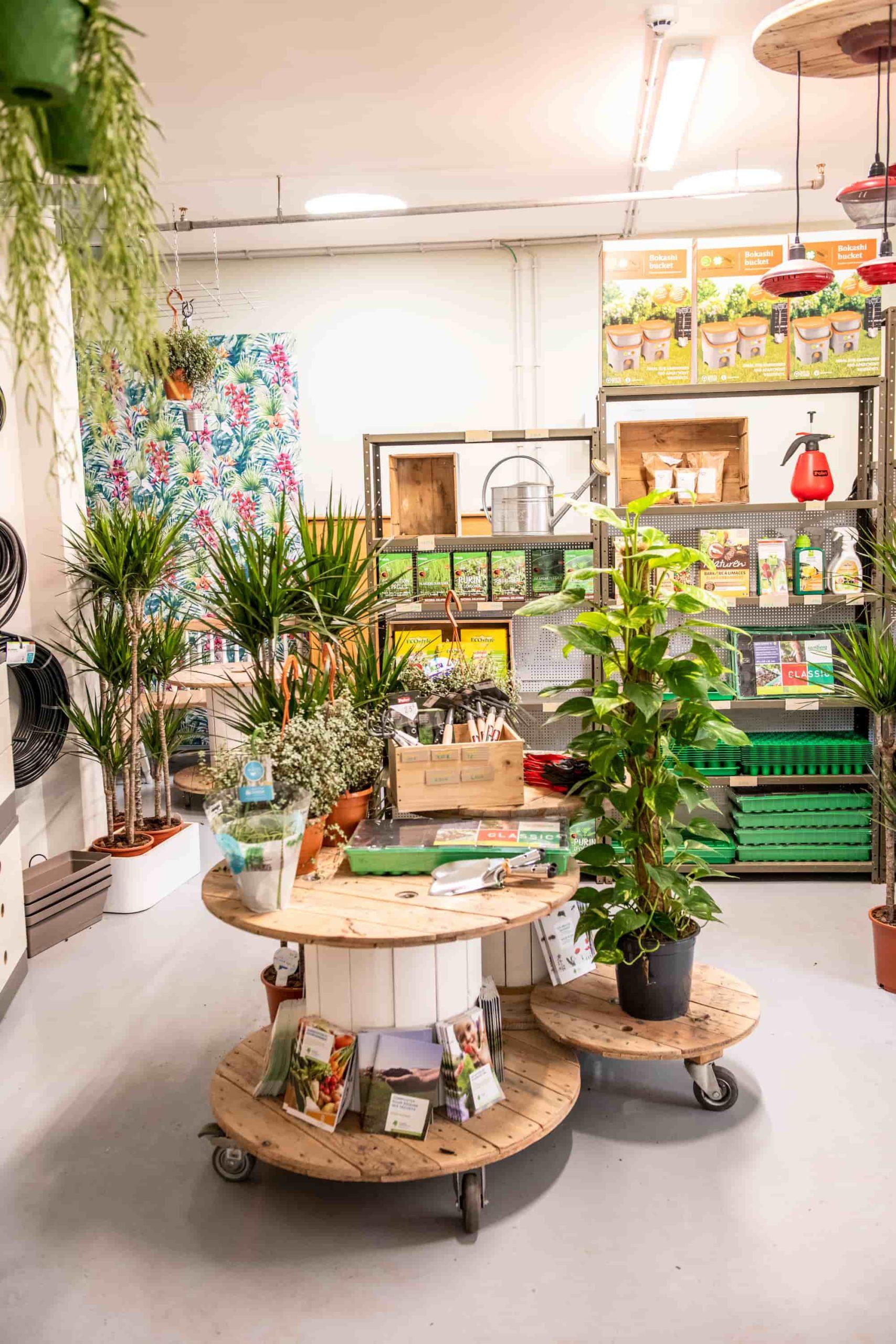skyfarms planten en tuinwinkel voor moestuin of terras