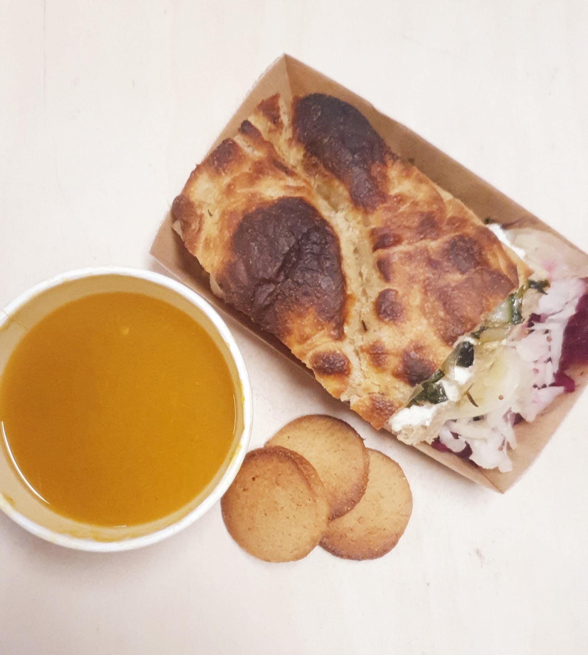 lunch de fermenthings foccacia soupe et dessert